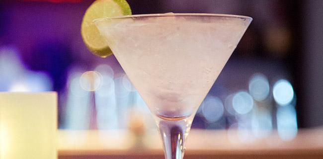 Cocktails in der Bar und Lounge Schloss Plön